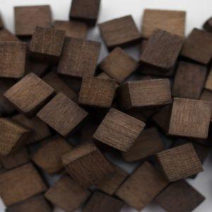 "Щепа дубовая ""Премиум"" (средний обжиг) кубики 100 гр."